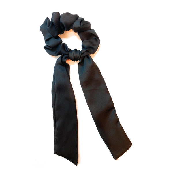 Scrunchie + Hang Tie - black