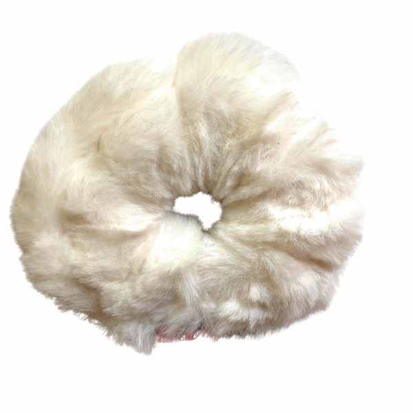 Furry Scrunchie - cream