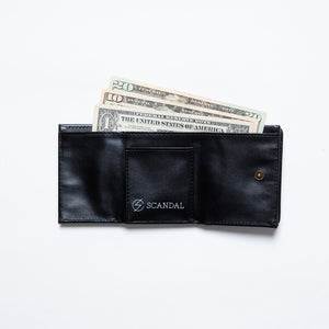 Scandal Kiss From the Darkness Wallet Black