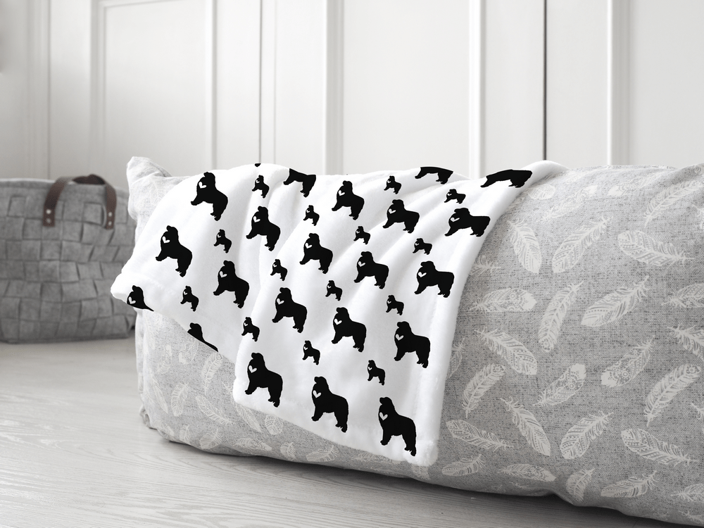 Great Pyrenees dog silhouette soft pet blanket