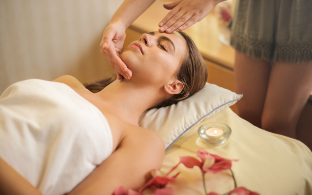 Energy Healing and Herbal Skin Treatment Package