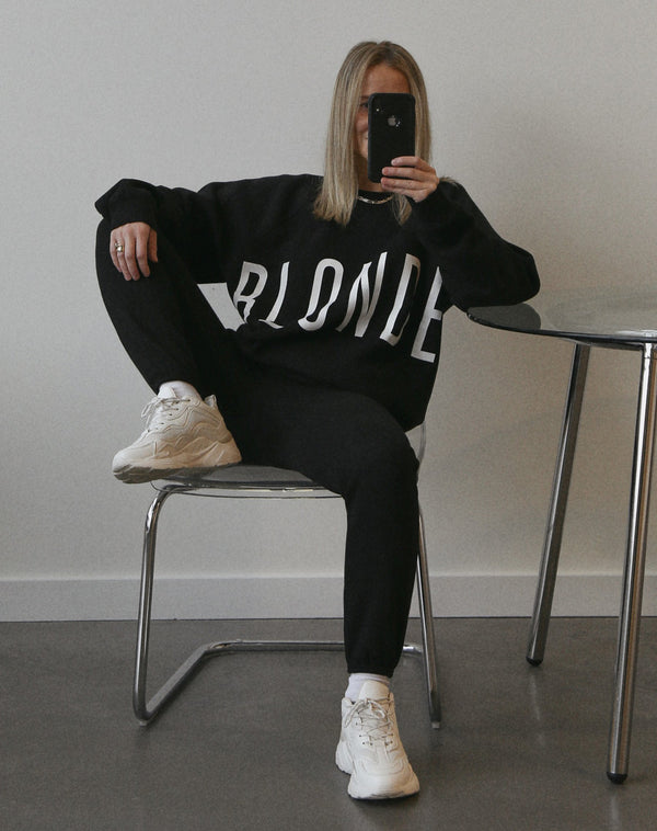 "THE ""BLONDE"" BIG SISTER CREW NECK // BLACK"