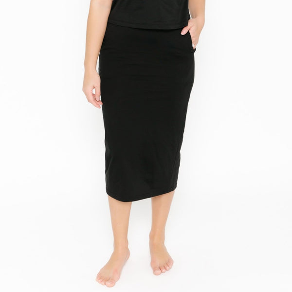 THE STREET TO CHIC SKIRT // MIDNIGHT BLACK