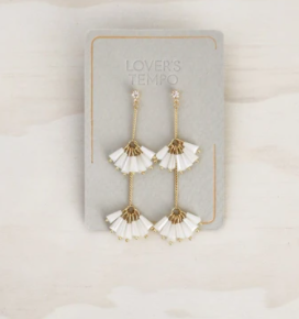 SOIREE DROP EARRINGS // WHITE