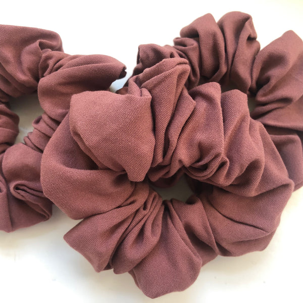 SCRUNCHIE // DUSTY ROSE