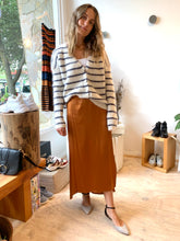 Load image into Gallery viewer, Viktoria and Woods- Rust skirt - Size 2