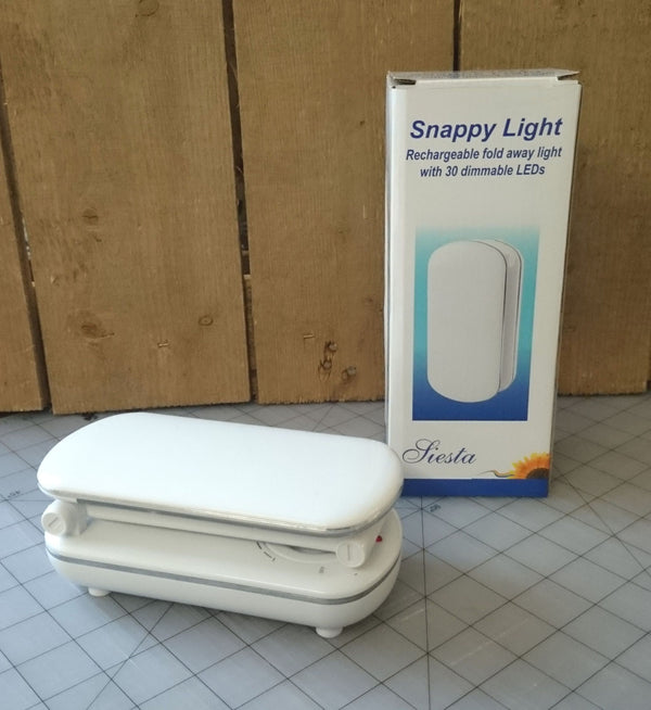 Snappy Light - Rechargeable Craft Lamp (with Daylight simulation LEDs)