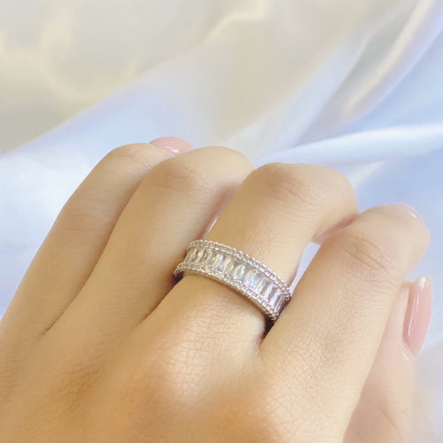 Women's Diamond Band Ring