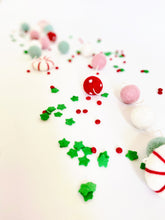 Load image into Gallery viewer, PEPPERMINT CANDY WOOL FELT BALL GARLAND