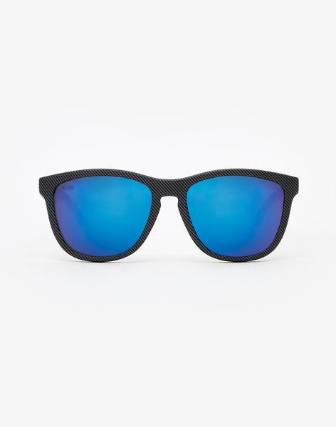 Polarized Carbono · Sky One