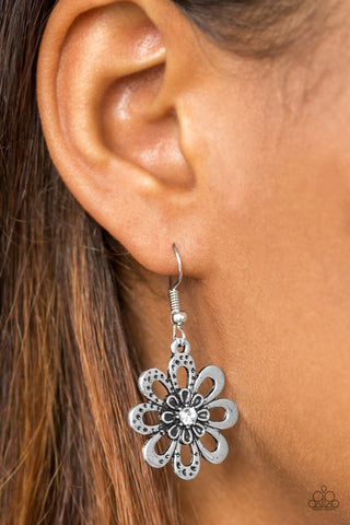 Fashion Floret White Earrings