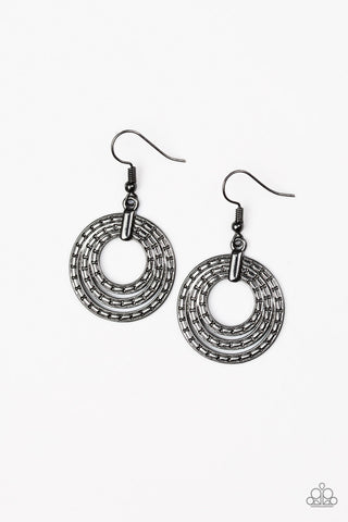 Open Plains Black Earrings