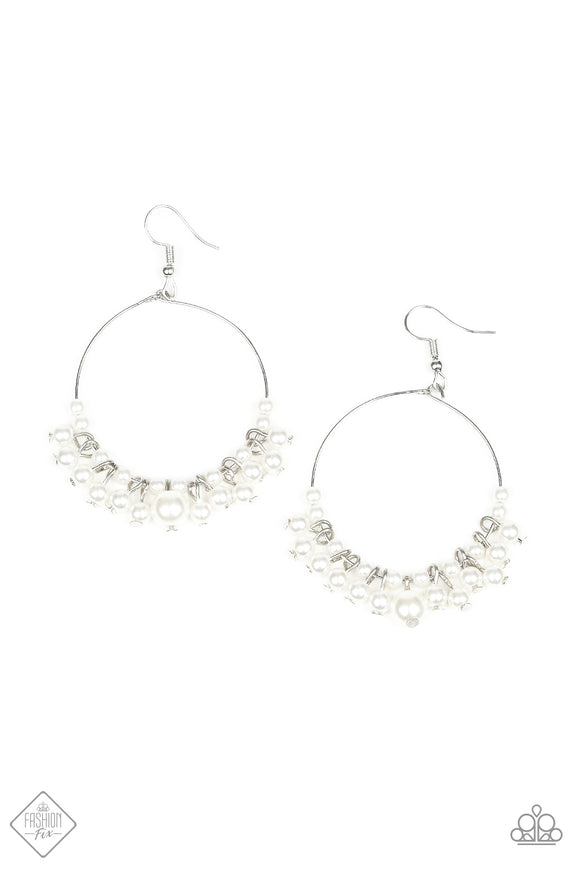 The PEARL-fectionist White Earrings