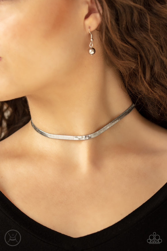 Serpentine Sheen Silver Necklace