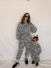 Load image into Gallery viewer, Wild Heart Kids Sweatpants