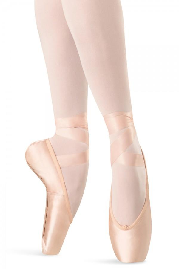 S0109L Hannah Bloch Pointe Shoe