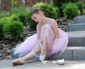 Pointe Shoe Booking  (fee will be deducted on final bill on the day of the fitting)
