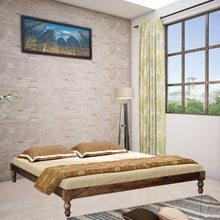 Load image into Gallery viewer, Pristina Sheesham Wood King Bed In Provincial Teak