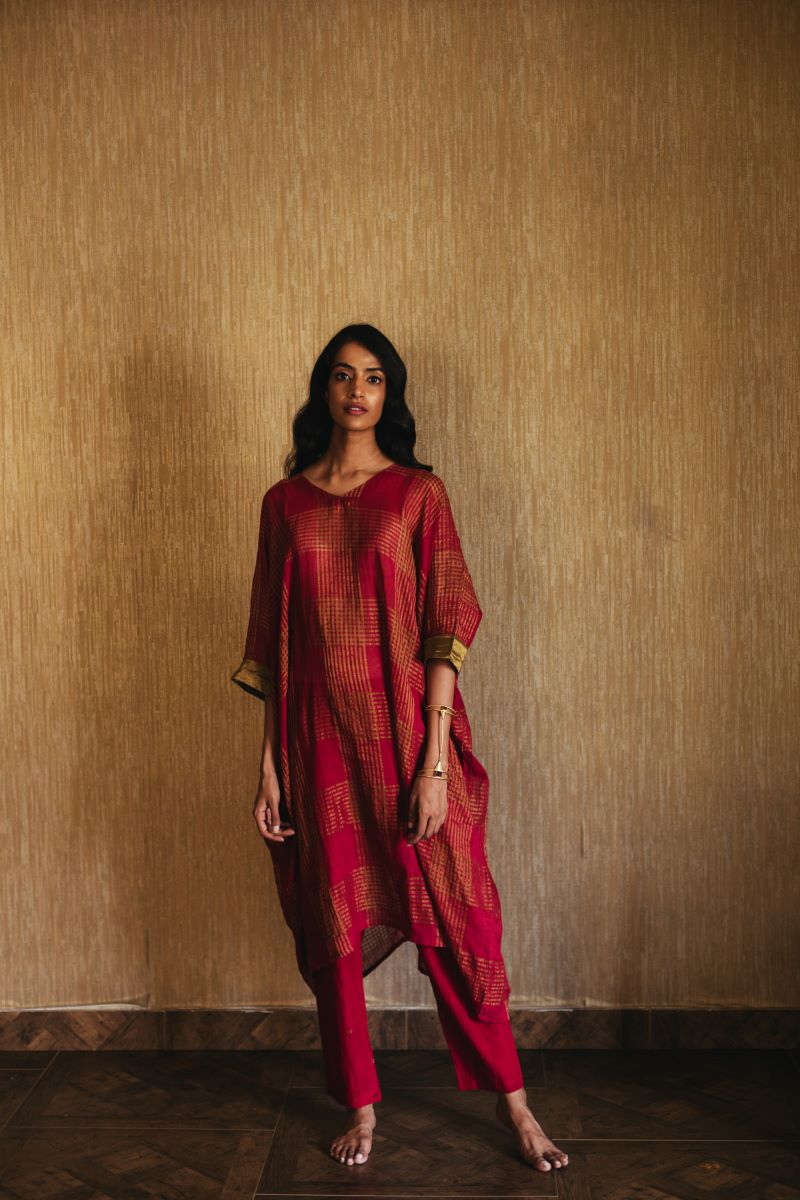 Kaftan in red