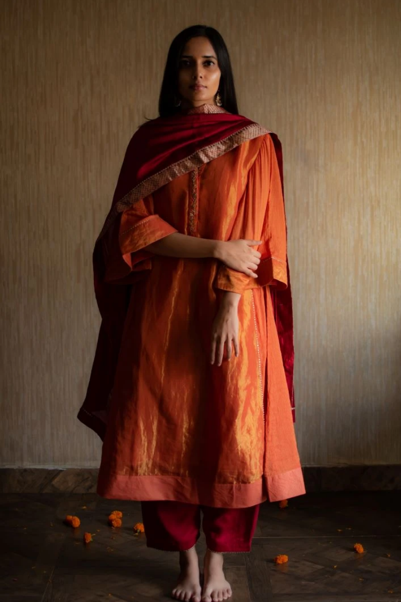Maxi kurta in orange tissue
