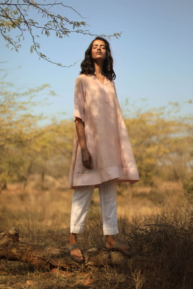 Diagonal tunic in pink silk and chanderi