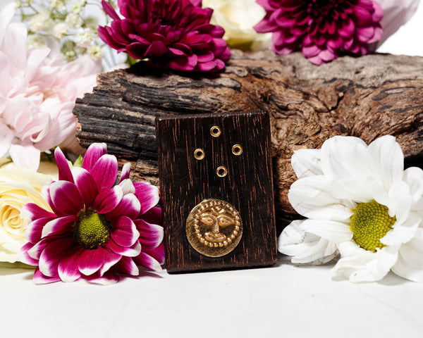 Small Pine Wood Incense Holder - Face - MysticSoul_108