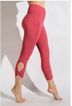 Knotted Pocket Capris Coral