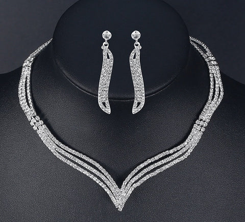 Gorgeous Silver Plated Wedding Crystal Statement Jewelry Set - Collar Necklace & Long Drop Dangle Earrings