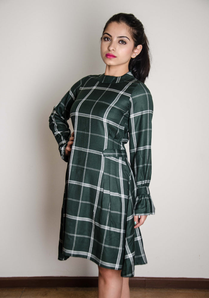 Green and broad checkered