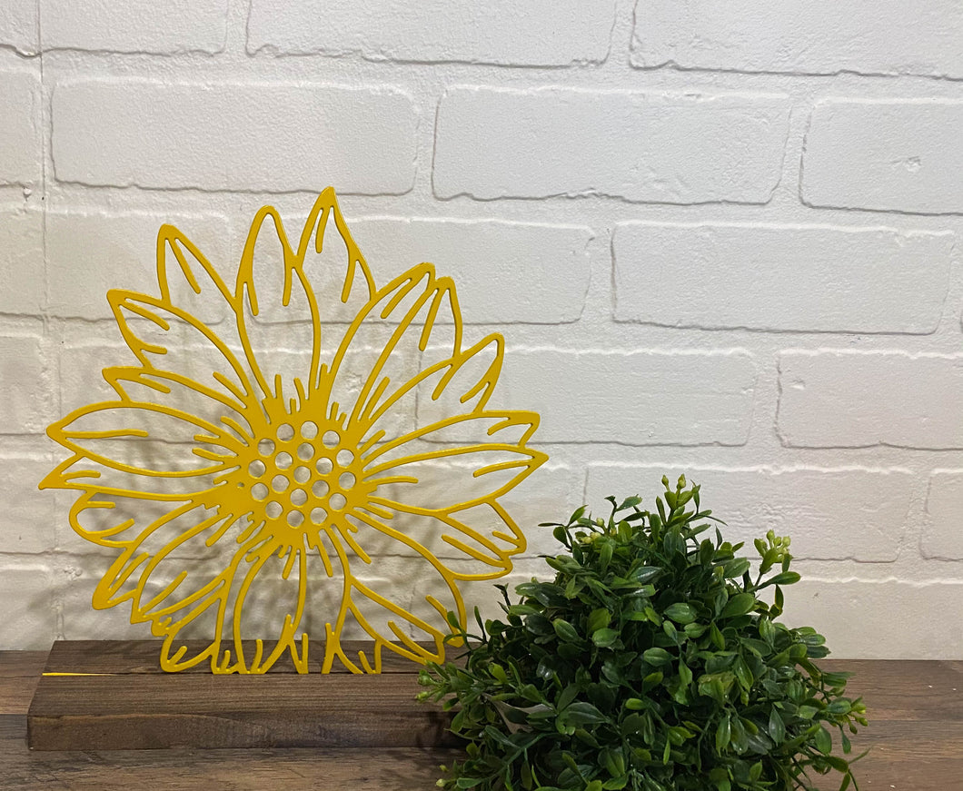 "10"" Sunflower Cutout - Yellow"