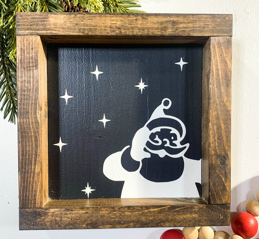 Handmade Sign - Santa Peeking