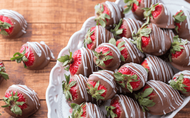 chocolate strawberries, shop local, Specialty desserts