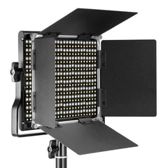 Neewer 3200-5600K Bi-color Dimmable CRI 95 660 LED Light+U Bracket Barndoor for Studio/YouTube/Photography/Video EU/AU Plug