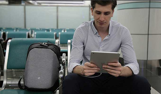 No need to worry about going out, because there is a security anti-theft system,Business anti-theft backpack - kingsons.com