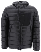 Load image into Gallery viewer, CP COMPANY-OUTERWEAR MEDIUM JACKET-BLACK
