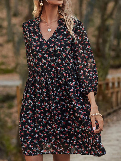 Half Sleeve V Neck Floral Casual Dresses