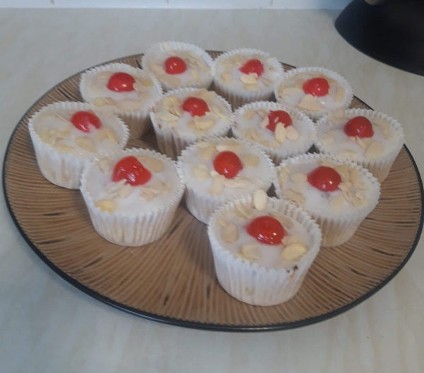 Nickys' Reet Good Bakewell Cupcakes