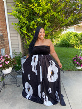 Load image into Gallery viewer, Classy Always Black Printed Maxi Dress