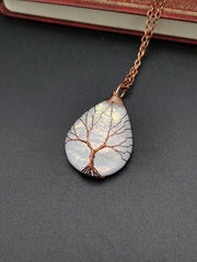 New Water Drop-shaped Tree Of Life Color Changing Ripple Energy Stone Necklaces