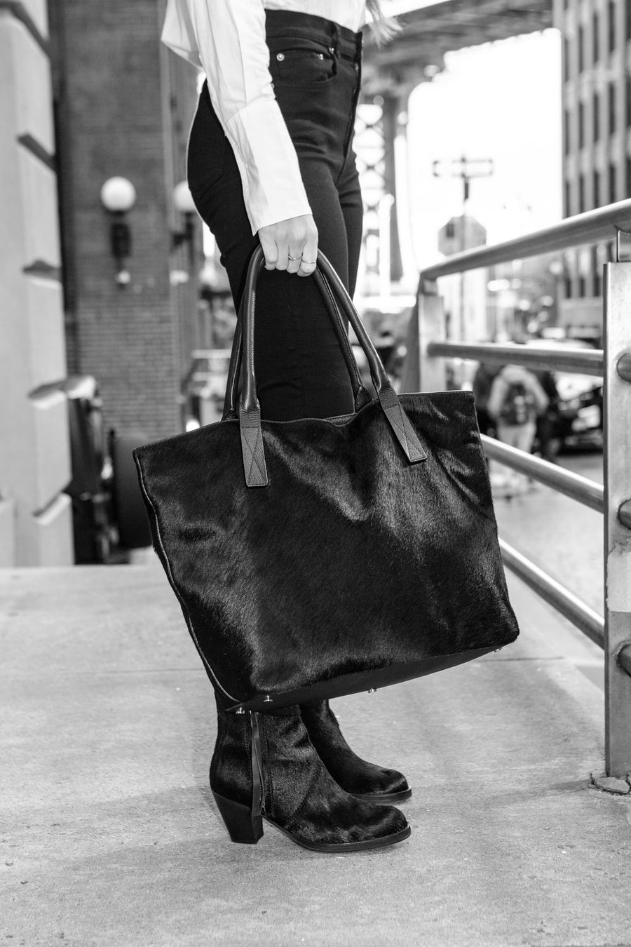Aspen Day Tote in Black - Canvas & Hyde NYC