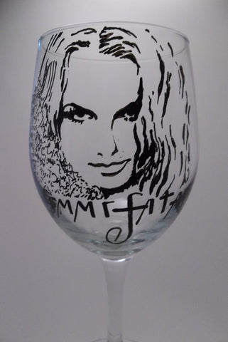 Britney Spears, Painted wine glass