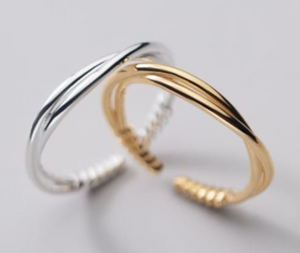 Sterling Silver - Minimalist Twist Ring
