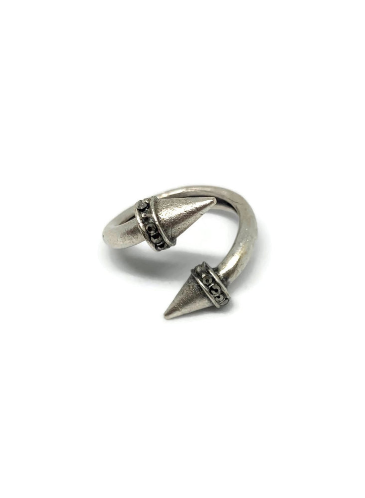 Silver Paved Rhinestone Spear Adjustable Ring