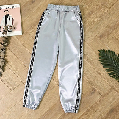 Pantalon Jogging Gris Satin.