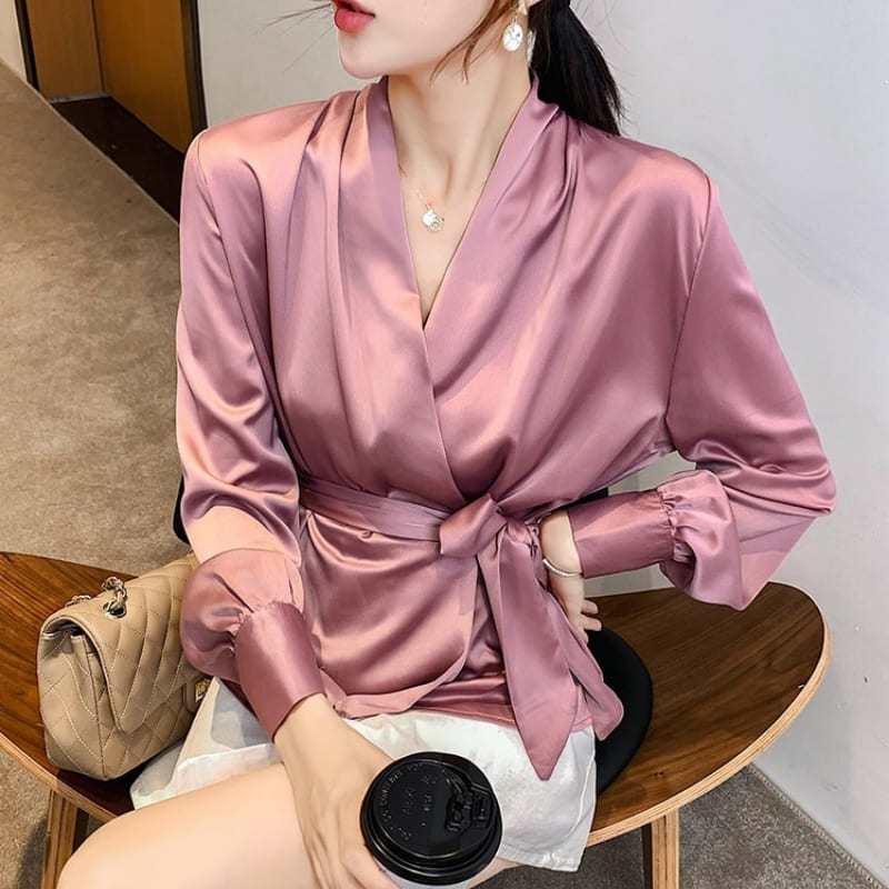 Blouse Satin Rose À Noeud.