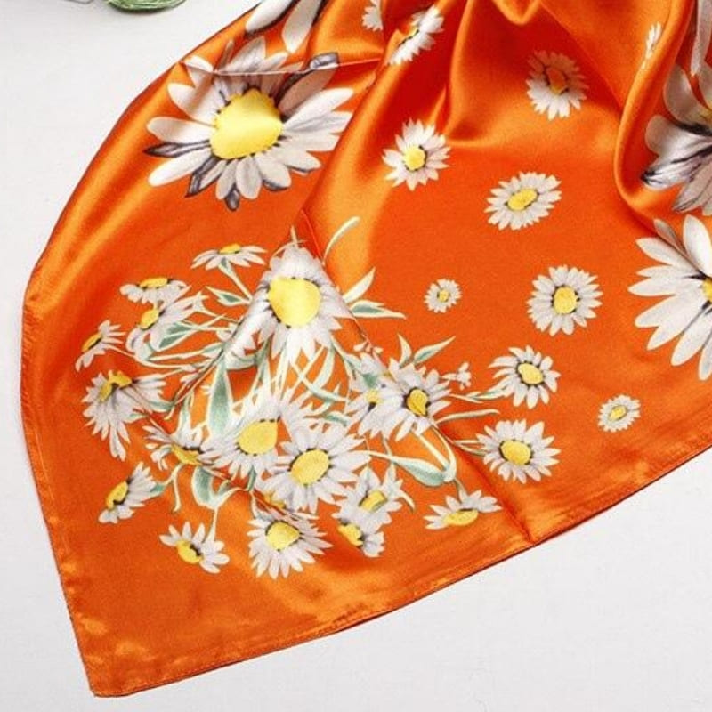 Foulard Satin Orange Fleuri