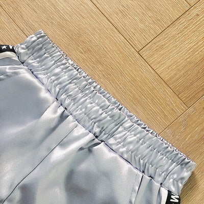 Pantalon Style Jogging Couleur Gris Satin.