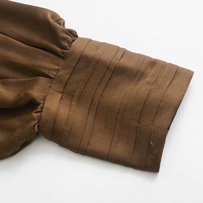 Body Satin Fluide Marron.