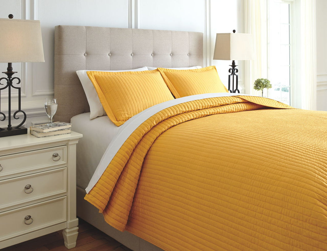 Raleda Ochre King Coverlet Set