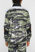 Load image into Gallery viewer, DOPE Sprinter Pullover #Camo